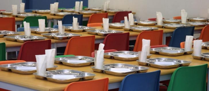 Comedor-escolar-vacio2